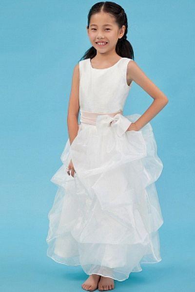 Elegant Square Ball Gown Flower Girl Dresses wr1101 - http://www.weddingrobe.co.uk/elegant-square-ball-gown-flower-girl-dresses-wr1101.html - NECKLINE: Square. FABRIC: Tulle. SLEEVE: Sleeveless. COLOR: White. SILHOUETTE: Ball Gown. - 58.59