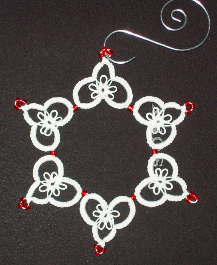Heart ~ Snowflake pattern #Tatted #Tat #Tatting. This is what I'm hoping to be able to do one day after I learn how to tat.