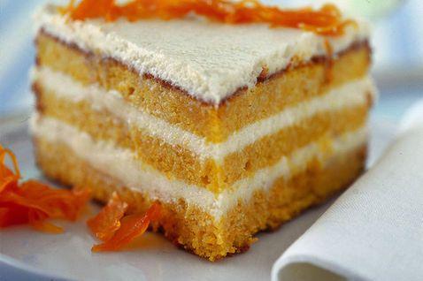 Torta A Strati Di Carote E Mandorle 2140741