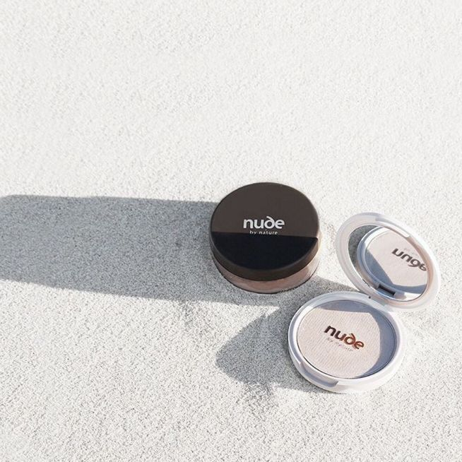 For an effortless beach-ready look: Tap and swirl some Natural Mineral Cover for a lightweight every day finish and finish it off with our Pressed Mattifying Mineral Veil. www.nudebynature.com.au
