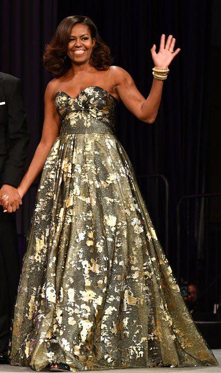 First Lady Michelle Obama in Naeem Kahn attends the Congressional Black Caucus Awards Dinner. #bestdressed