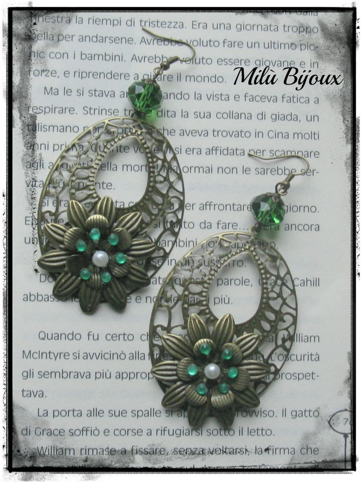 Watermarks bronze with flower and green stones
