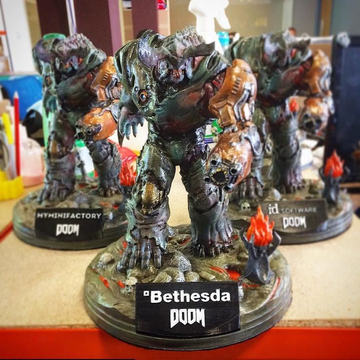 My babies! The #cyberdemon painted by @sarahwade55 we took to the @doom_game launch!  #cyber3demon #doom #gaming #playstation #3dprinting #bethesda #painting #statue #idsoftware #doom4 #videogames #demons #game @bethesdasoftworks @playstation by salomaoric