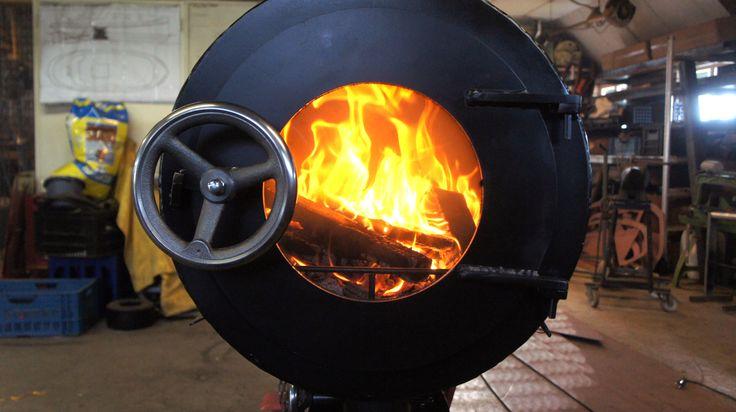 Wood Burner 'Qabins' / By: Marisa Klaster, Arno Schuurs, Kees Berkelaar