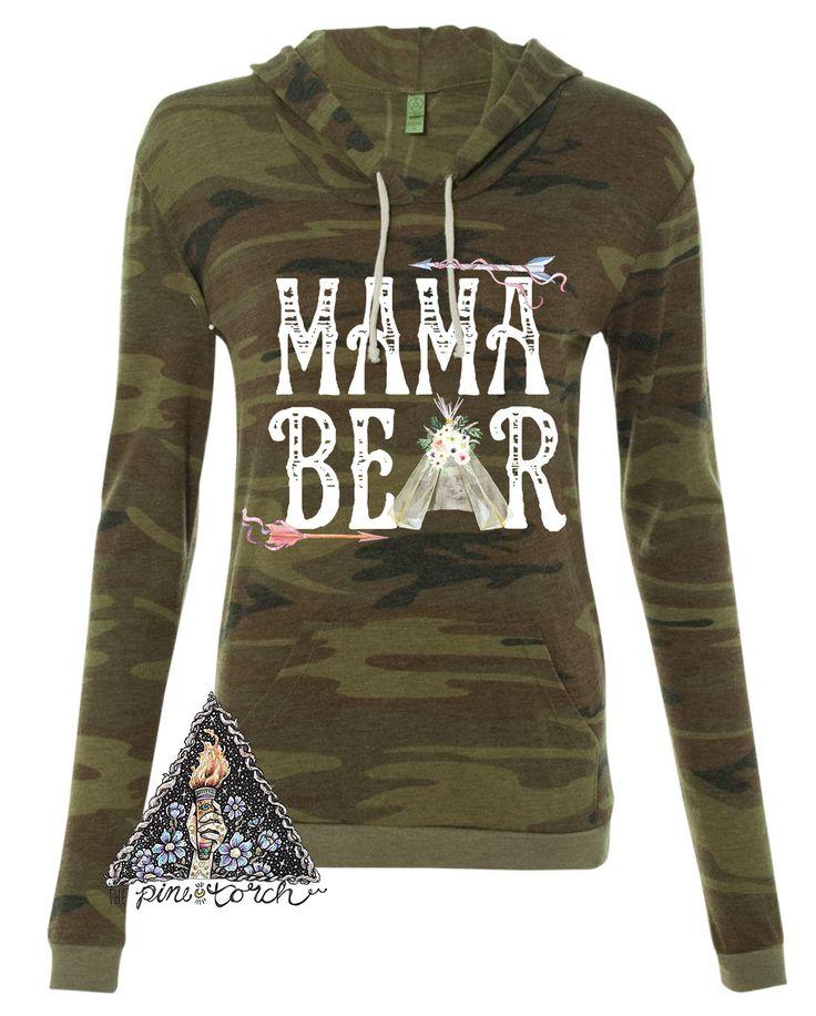 « MAMA BEAR » HOODIE + SWEATSHIRTS