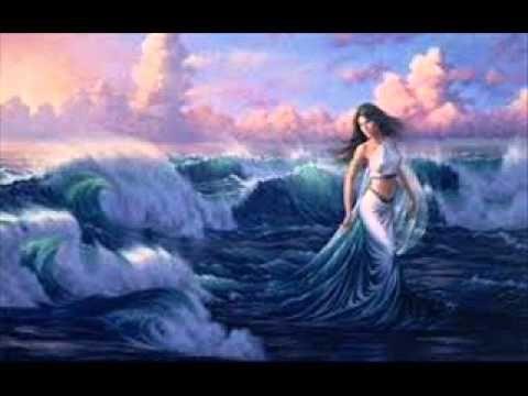 Bizet, Gyöngyhalászok, Nadír románca, Udvardy Tibor.wmv:  Egyszer régen, mikor még nem volt bánat, s a kék vizeken tündökölt a hold, tündér leány állott a tenger partján, s a hab lágyan, szerelmesen dalolt