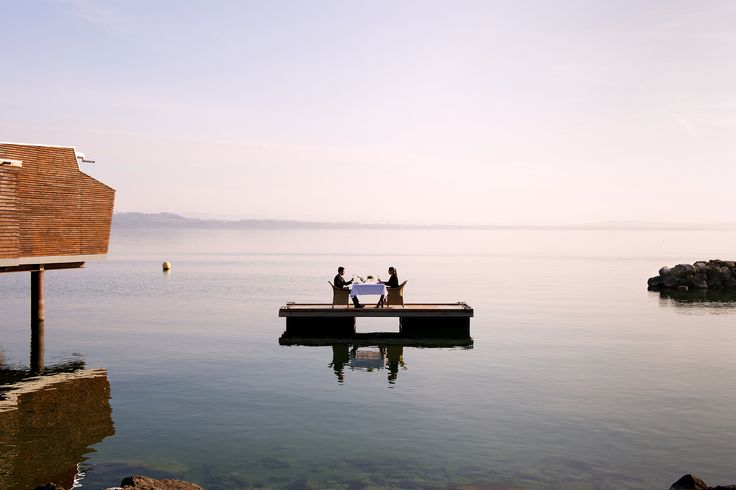Paddle on the lake, Palafitte hotel Neuchâtel