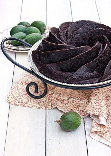 Chocolate Feijoa and Banana Bundt Cake, This looks interesting. I want the bundt cake pan that does this shape for a strawberry cake...or a lemon cake @Juan Alvarez Greaves
