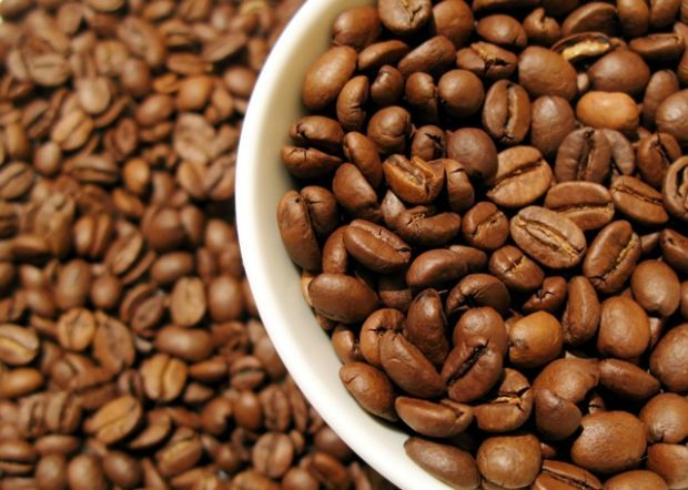 Účinky kofeínu: Omladzuje, zoštíhľuje a lieči