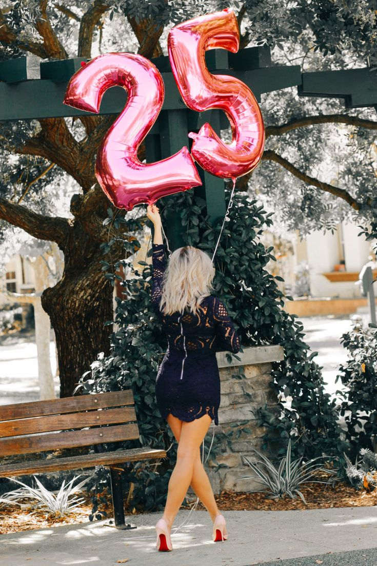 25th birthday blondie in the city birthday photoshoot