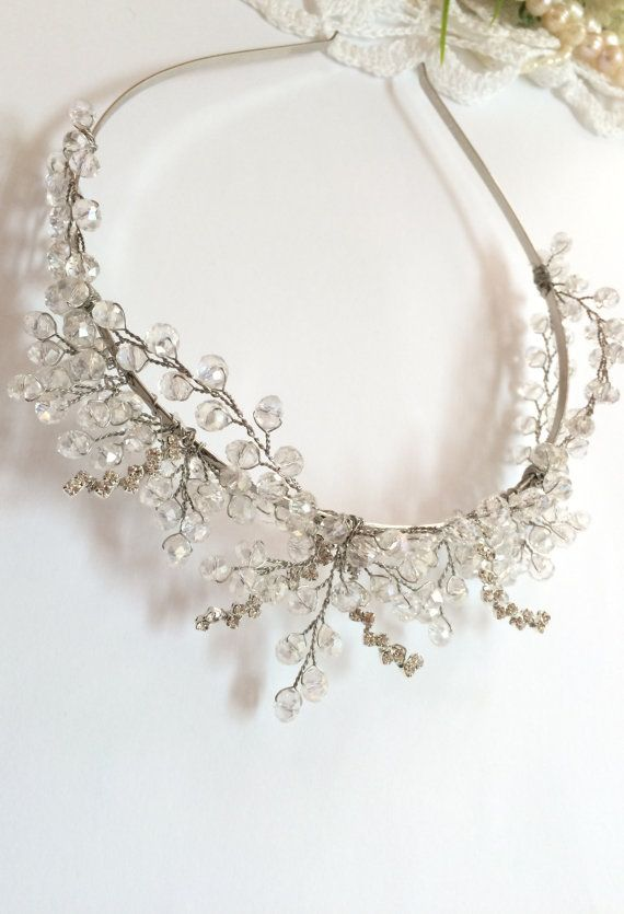 The listing is for lovely handcrafted bridal crown. The crown is made to order. Really unique headpiece for You wedding.  Materials: artystic wire,