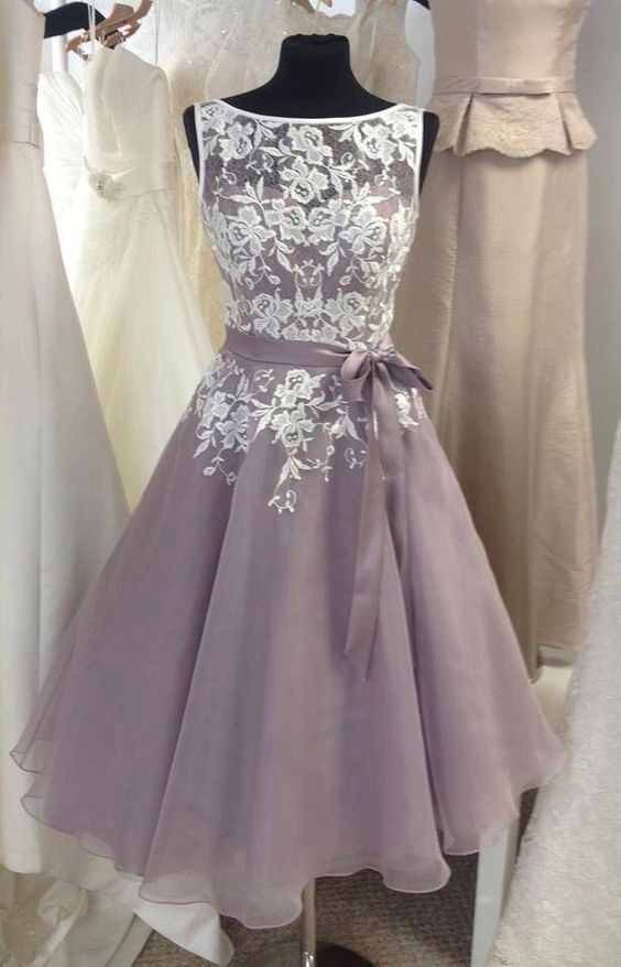 Diyouth Unique Scoop Neckline Short Lace Bridesmaid Dresses