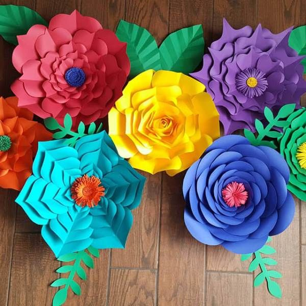 Free Flower Template: How to Make Large Paper Flowers – driftwood