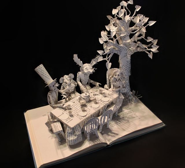 paper-book-sculpture-art-jodi-harvey-brown__880_R