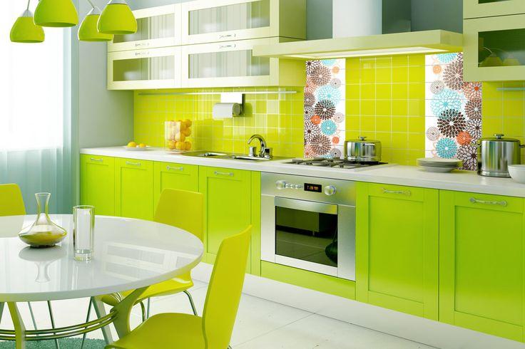 Kilka wzorzystych płytek nada stylu i energii monochromatycznie zaaranżowanej kuchni.  >> Ekologiczny nadruk lateksowy, idealne rozwiązanie do kuchni.