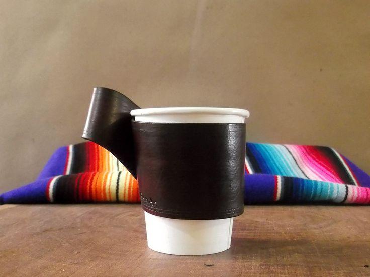 Portavasos de Piel!!! Portavasos para café o té!!! Color Rojo oscuro!!! Trabajo en cuero!!! de ArteImMrAmA en Etsy