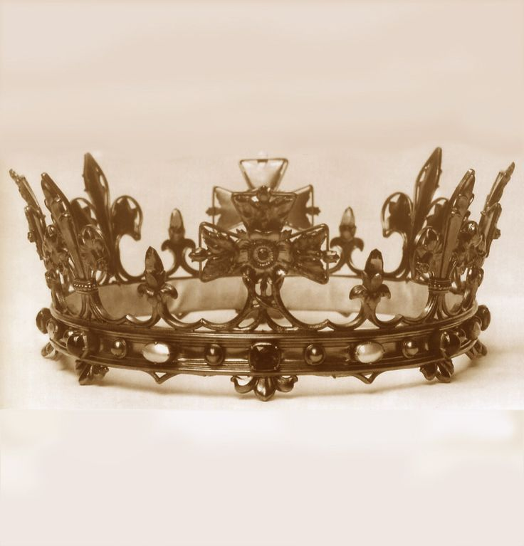149 best The Trappings Of Royalty... images on Pinterest ...
