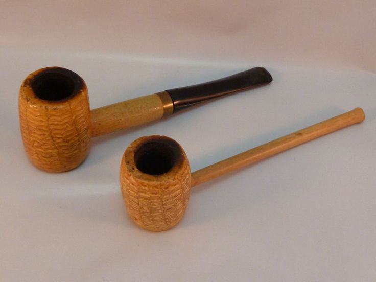 Corn Cob Pipe Lot of 2 Pipes 1 Missouri Meerschaum USA 1 Unmarked Military Issue #CornCobpipe