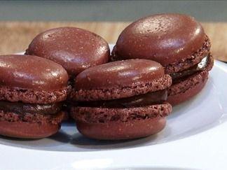 Macarons au chocolat cœur de guanaja - une recette vidéo du chef Mercotte