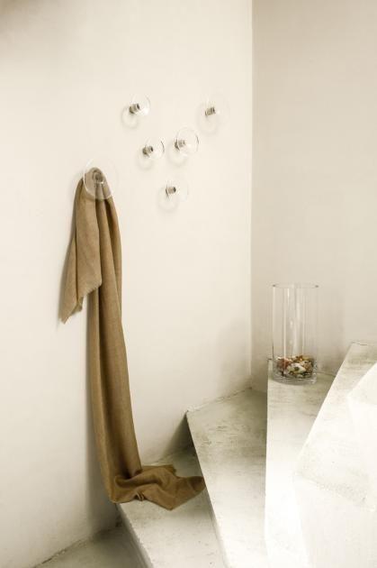 Wohntipps Für Kleine Räume: Platzsparende Wandgarderobe