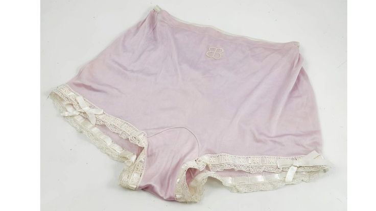 A pair of knickers, which once belonged to Eva Braun, have sold for nearly £3,000 at auction.
