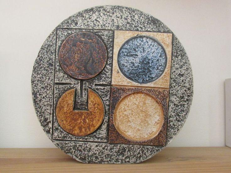 Troika art pottery large 8 Newlyn wheel vase