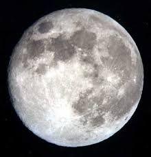 Terra chiama base Luna.L'affollato centro galattico.