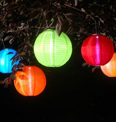 soji solar led lantern green 17 - Outdoor Solar Lanterns