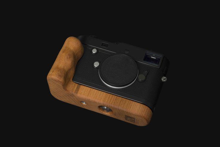 Leica Typ 246 Monochrom with Holzgriff