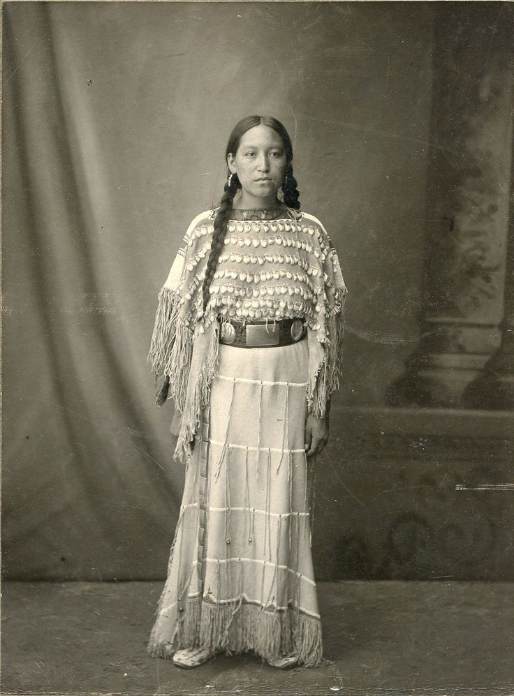 strong beautiful native american indian woman st louis world u0026 39 s fair 1904