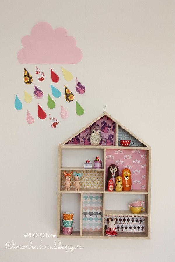 "Foto ""pinnata"" dalla nostra lettrice Francesca Mereu House shelf with paper and cloud DIY.."