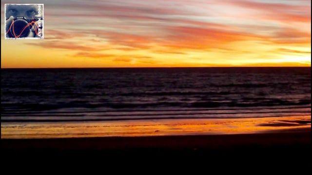 Amanecer de invierno a orillas del oceáno. Idea y producción: Walter Raymond by Poor May Ray Productions Costa oceánica de Rocha, en Uruguay.