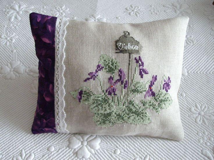 Coussinet violettes
