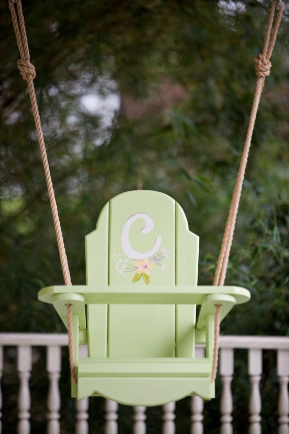 Hello! I am Bonnie with Bonnie Builds! Last October I made a little wooden swing for my nieces first birthday. It was such a huge hit that I made a