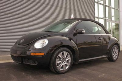 2010 Volkswagen New Beetle http://www.iseecars.com/used-cars/used-volkswagen-new-beetle-for-sale