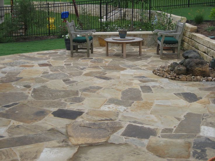 18 best images about backyard ideas on pinterest stone for Flagstone patio designs