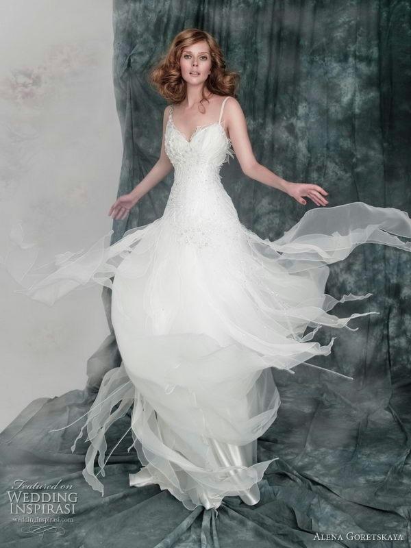 178 besten Bezaubernde Brautmode Bilder auf Pinterest   Flasche ...
