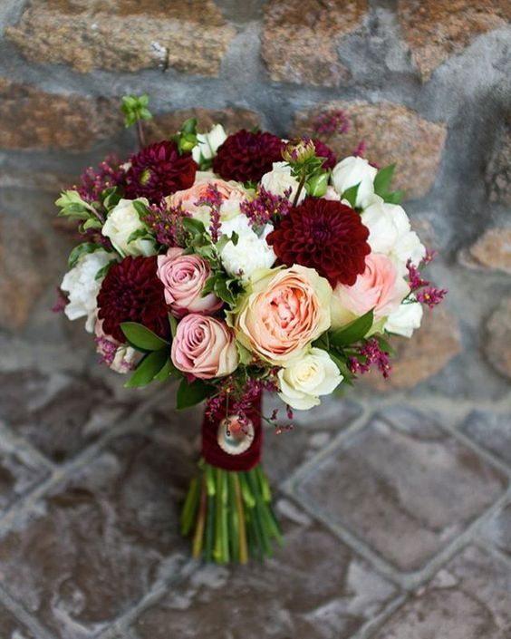Hottest 7 Spring Wedding Flowers to Rock Your Big Day-burgundy and blush wedding