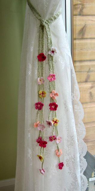 Garden Curtain Ties, or, cute summer belt. hair ties, crocheted flowers