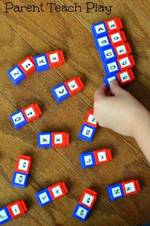 Uppercase to lowercase letter matching with Unifix cubes