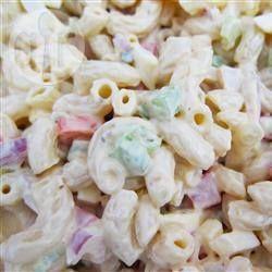 Ma salade de macaroni au thon @ qc.allrecipes.ca