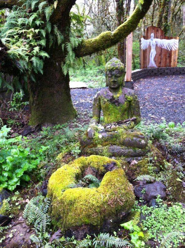 Buddha, The Ritz Sauna & Shower, Oregon Country Fair