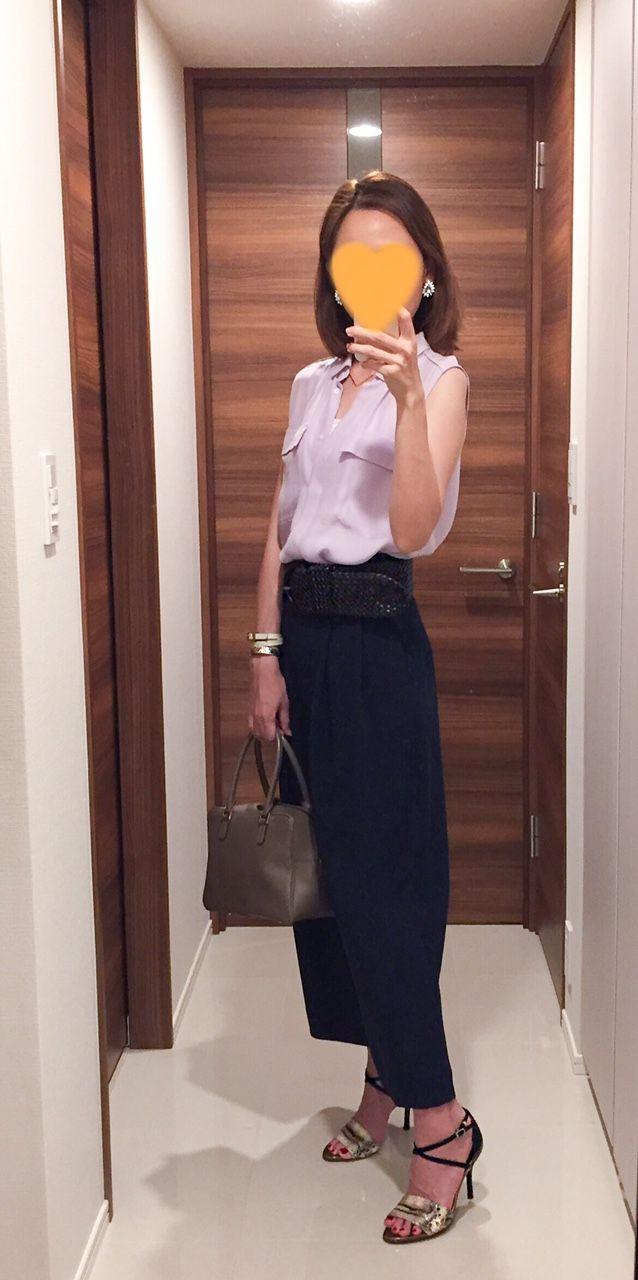 Purple shirt: Ballsey, Nave wide pants: COS, Beige bag: Anya Hindmarch, Sandals: MEDA