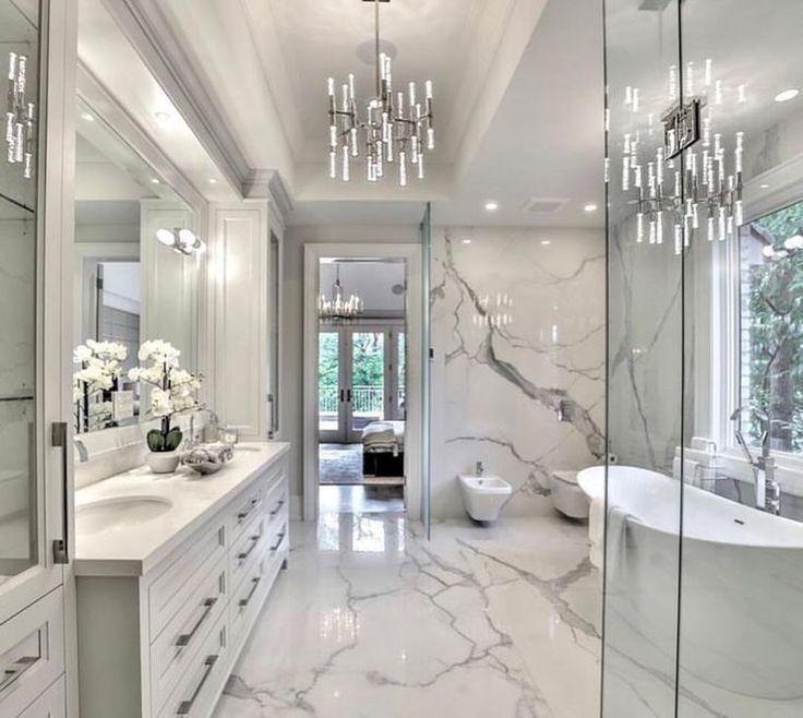 30 Amazing Marble Bathroom That Make Your Bathroom Look Luxurious Bathroomdesignyourself Bathroom Interior Design Modern Master Bathroom Bathroom Style