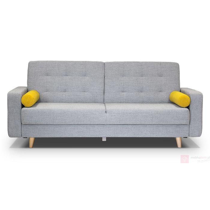 Przepiękna kanapa z funkcją spania, która swoje wzornictwo opiera na nieśmiertelnym stylu skandynawskim. Zastosowane w niej materiały HILTON czynią ją meblem mocno wyróżniającym się na tle zwykłych sof, kanap lub wersalek. Kanapa SOFIA może bez problemu odgrywać pierwsze skrzypce w pomieszczeniu i nie musi być umiejscowiona plecami przy ścianie tak jak większość mebli z tego segmentu z funkcją spania. Oczywiście warto również wspomnieć o tych dwóch małych detalach...