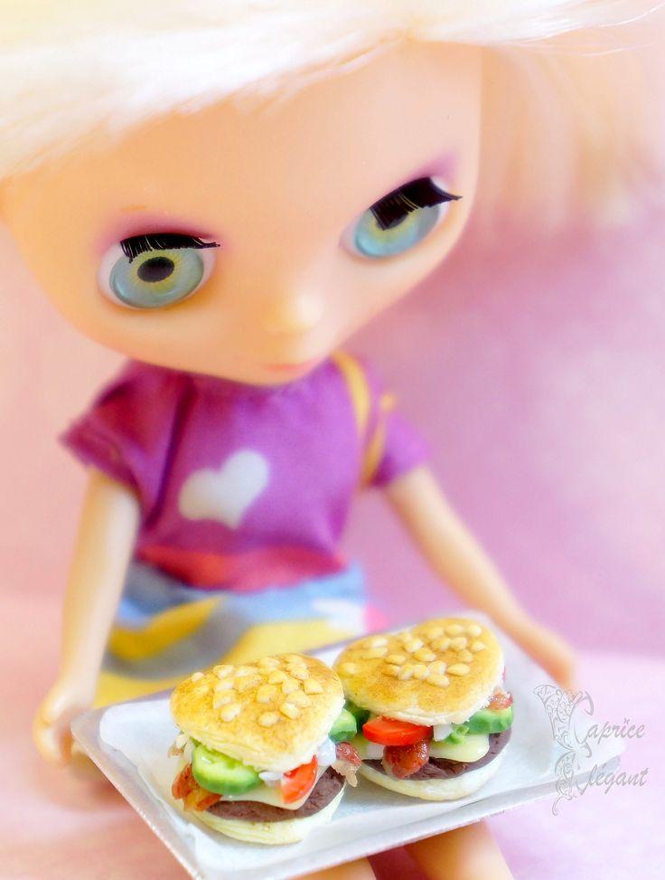 Miniature Food Sandwich Coeur en pâte polymère par Tania Villard Hirsig