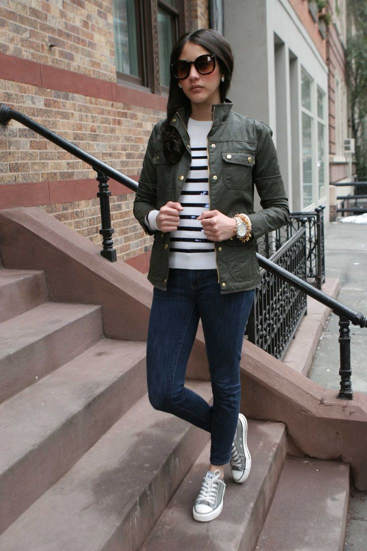 <camo & stripes> @jcrew downtown field jacket + toothpick jeans, #anntaylor striped sequin sweater http://mariaonpoint.com/camo-and-stripes/
