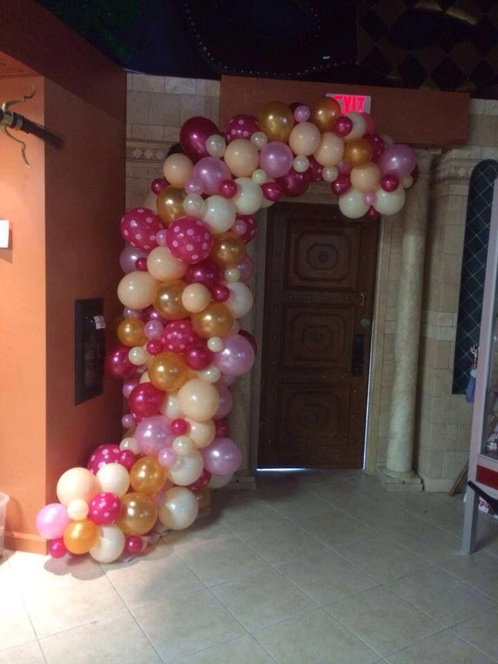 Abstract balloon swoop 31 best Balloon Garland