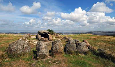 Harhoog is an extended dolmen, a rectangular megalithic tomb from the Funnelbeaker culture, located near Keitum on the island of Sylt in Sch...