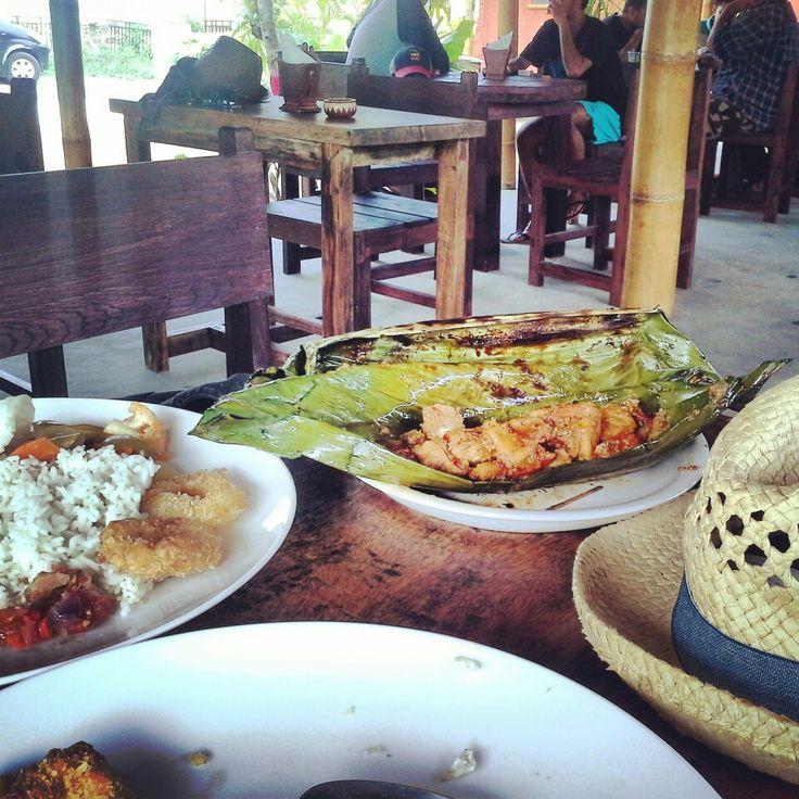 Warung Dulang, Kuta - Lombok in Praya, Nusa Tenggara Barat